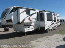 Used 2013  Dutchmen Voltage 3950 by Dutchmen from I-35 RV Center in Denton, TX