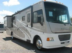 Used 2014  Winnebago Vista 35F by Winnebago from I-35 RV Center in Denton, TX