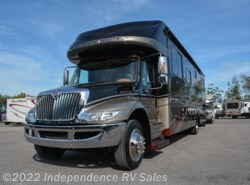 Used 2011  Gulf Stream SuperNova 6400 by Gulf Stream from Independence RV Sales in Winter Garden, FL