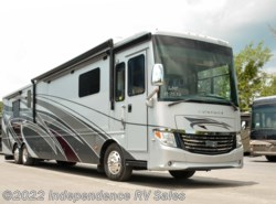 Used 2016 Newmar Ventana 4322, Classic Rear King, Center Bath available in Winter Garden, Florida