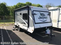 Used 2016  Jayco Jay Feather 16XRB by Jayco from Indian Valley Camping Center in Souderton, PA