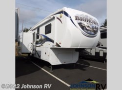 Used 2011  Heartland RV  3070RL by Heartland RV from Johnson RV in Sandy, OR