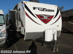 Used 2014  Keystone Fuzion 301 by Keystone from Johnson RV in Sandy, OR