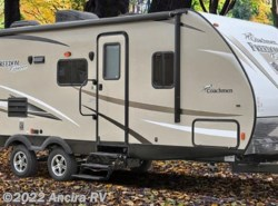 New 2018  Coachmen Freedom Express 320BHDSLE LIBERTY by Coachmen from Ancira RV in Boerne, TX