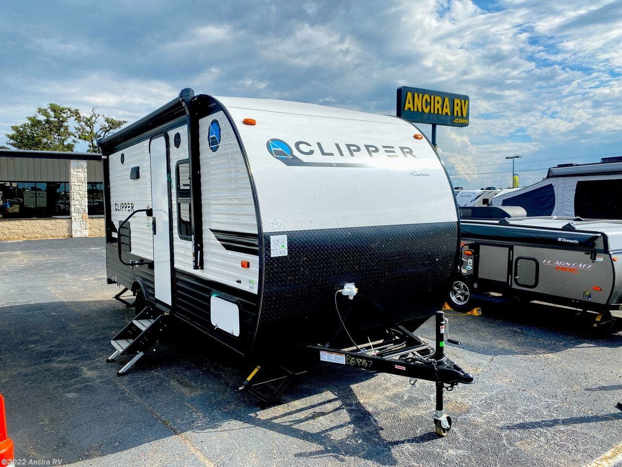 2021 Coachmen Clipper Ultra-Lite 17FQ