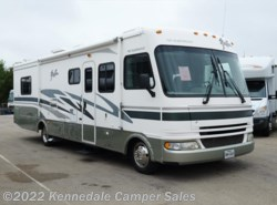 Used 2005  Fleetwood Fiesta 32S 33' by Fleetwood from Kennedale Camper Sales in Kennedale, TX
