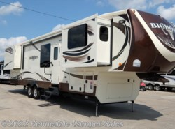 "Used 2015  Heartland RV Bighorn 3750FL 41'9"" by Heartland RV from Kennedale Camper Sales in Kennedale, TX"