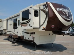 "Used 2016  Heartland RV Bighorn BH 3750FL 41'9"" by Heartland RV from Kennedale Camper Sales in Kennedale, TX"