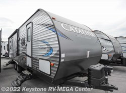 New 2018  Coachmen Catalina 273BHSLE by Coachmen from Keystone RV MEGA Center in Greencastle, PA