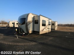 New 2018  Forest River Rockwood Signature Ultra Lite 8335BSS by Forest River from Krenek RV Center in Coloma, MI