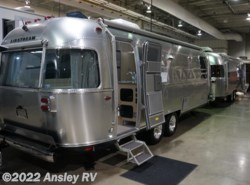 New 2017  Airstream Flying Cloud 27FB by Airstream from Ansley RV in Duncansville, PA