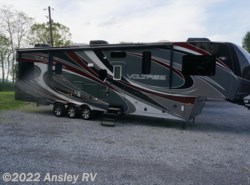 Used 2013  Dutchmen Voltage 3600 by Dutchmen from Ansley RV in Duncansville, PA