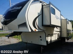 New 2018  Grand Design Reflection 303RLS by Grand Design from Ansley RV in Duncansville, PA