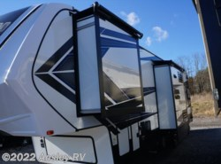 New 2018  Grand Design Momentum 351M by Grand Design from Ansley RV in Duncansville, PA