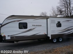 Used 2017  Forest River Wildwood 27REI by Forest River from Ansley RV in Duncansville, PA