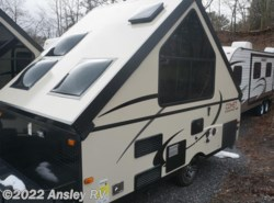 Used 2016  Starcraft Comet Hardside H1235MD by Starcraft from Ansley RV in Duncansville, PA