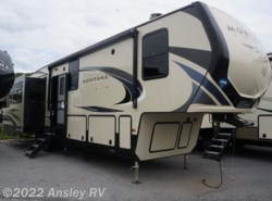 New 2019  Keystone Montana High Country 384BR by Keystone from Ansley RV in Duncansville, PA
