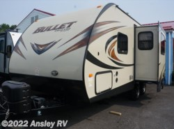 Used 2015  Keystone Bullet 220RBI by Keystone from Ansley RV in Duncansville, PA