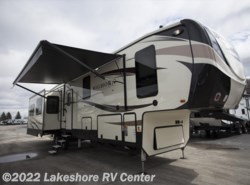 New 2018  Heartland RV Bighorn Traveler 39MB by Heartland RV from Lakeshore RV Center in Muskegon, MI