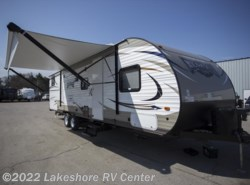 New 2018  Forest River Wildwood X-Lite 273QBXL by Forest River from Lakeshore RV Center in Muskegon, MI
