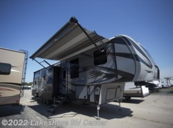 New 2018  Keystone Fuzion 4141 by Keystone from Lakeshore RV Center in Muskegon, MI