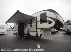 New 2018  Keystone Cougar Half Ton 29RKS by Keystone from Lakeshore RV Center in Muskegon, MI