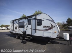 Used 2013  Keystone Bullet 246RBS by Keystone from Lakeshore RV Center in Muskegon, MI
