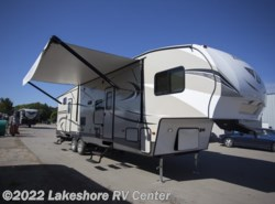New 2018  Keystone Hideout 308BHDS by Keystone from Lakeshore RV Center in Muskegon, MI