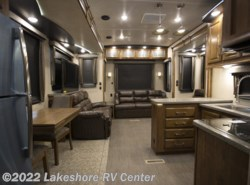 New 2017  Heartland RV Gateway 3712RDMB by Heartland RV from Lakeshore RV Center in Muskegon, MI