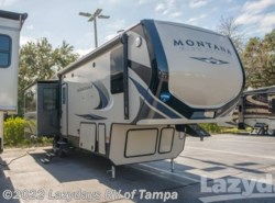 New 2018  Keystone Montana 331RL by Keystone from Lazydays RV in Seffner, FL