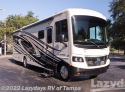 Used 2017  Holiday Rambler Vacationer 33C by Holiday Rambler from Lazydays RV in Seffner, FL