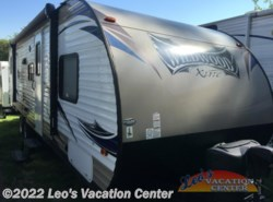 Used 2016  Forest River Wildwood X-Lite 262BHXL by Forest River from Leo's Vacation Center in Gambrills, MD