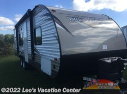 Used 2017  Forest River Wildwood X-Lite 230BHXL by Forest River from Leo's Vacation Center in Gambrills, MD