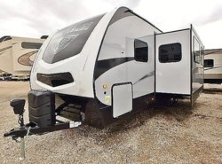 New 2017  Winnebago Minnie Plus 27BHSS by Winnebago from McClain's Longhorn RV in Sanger, TX