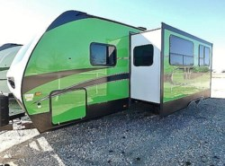 New 2017  Winnebago Minnie Plus 26RBSS by Winnebago from McClain's Longhorn RV in Sanger, TX