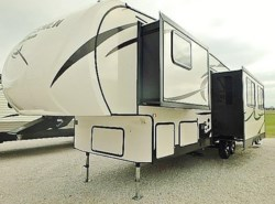 New 2018  K-Z Sportsmen 322BHK by K-Z from McClain's Longhorn RV in Sanger, TX