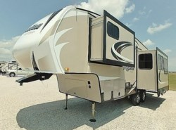 New 2018  Grand Design Reflection SLE 26RL by Grand Design from McClain's Longhorn RV in Sanger, TX