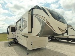 New 2018  Grand Design Solitude 384GK by Grand Design from McClain's Longhorn RV in Sanger, TX