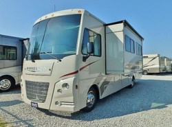 New 2018  Itasca Sunstar 32YE by Itasca from McClain's RV Fort Worth in Fort Worth, TX