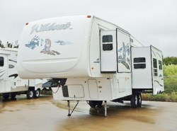 Used 2006  Forest River Wildcat 30LSWB by Forest River from McClain's RV Fort Worth in Fort Worth, TX