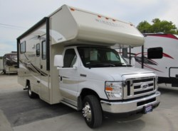 Used 2017  Winnebago Minnie Winnie 22R by Winnebago from McClain's Longhorn RV in Sanger, TX