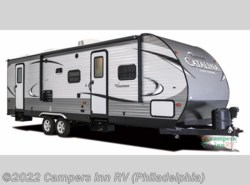Used 2017  Coachmen Catalina Legacy 223RBS by Coachmen from Campers Inn RV in Hatfield, PA