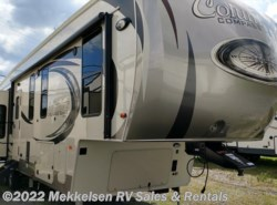 New 2018  Palomino Columbus Compass 377MBC by Palomino from Mekkelsen RV Sales & Rentals in East Montpelier, VT