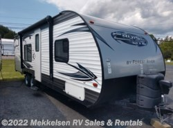 Used 2015  Forest River Salem Cruise Lite 261BHXL by Forest River from Mekkelsen RV Sales & Rentals in East Montpelier, VT