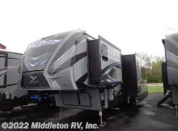 New 2017  Keystone Fuzion 369 by Keystone from Middleton RV, Inc. in Festus, MO