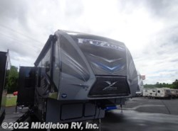 New 2018  Keystone Fuzion 417 by Keystone from Middleton RV, Inc. in Festus, MO