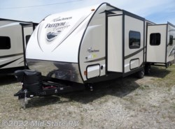 New 2017  Coachmen Freedom Express 276RKDS by Coachmen from Mid-State RV Center in Byron, GA