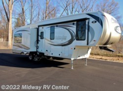 New 2016  Palomino Columbus Compass  295RLC by Palomino from Midway RV Center in Grand Rapids, MI