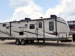 New 2018  Cruiser RV Radiance Ultra-Lite 28QD Bunk Model RV W/King, 2 A/C by Cruiser RV from Motor Home Specialist in Alvarado, TX