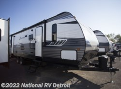 New 2018  CrossRoads Zinger ZR320FB by CrossRoads from National RV Detroit in Belleville, MI